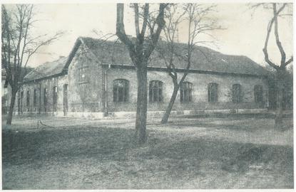 Az első iskolaépület 1910-es évek